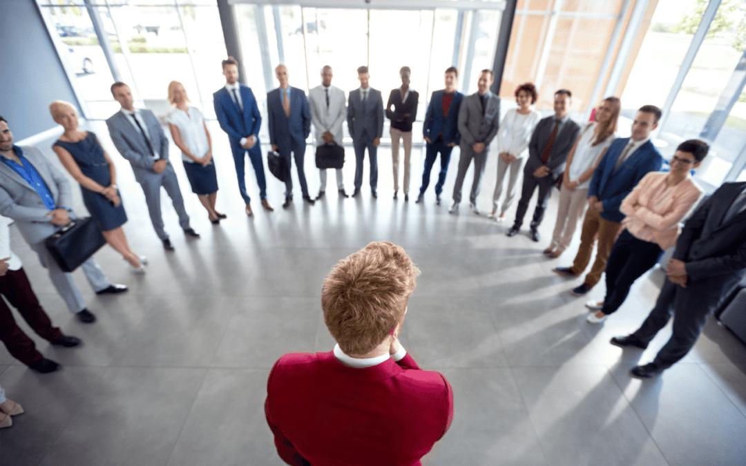 Őszintén a személyzetről: A jelöltek céget választanak, de egy vezetőt hagynak ott!